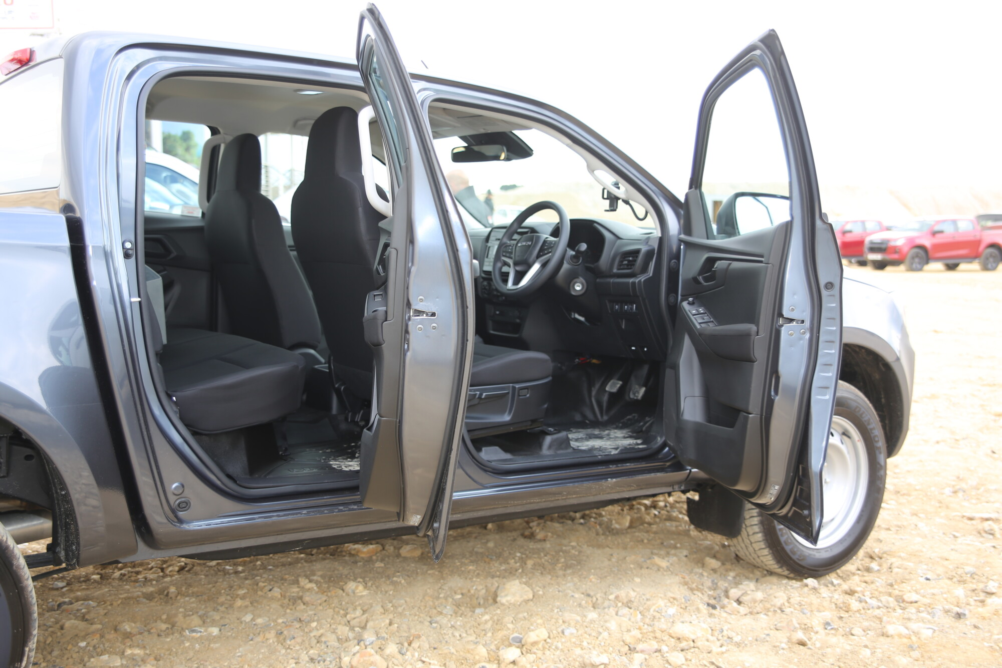 The load bed is longer, the cab is longer with improved rear seat access but the overall length is less.